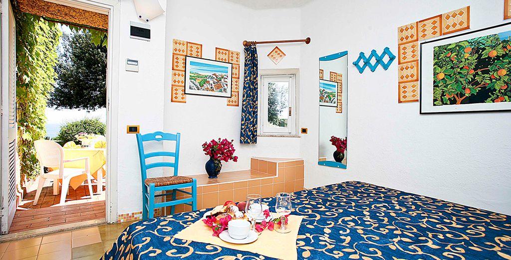 Confortevole camera a Catania con terrazza privata, campo da golf e piscina esterna