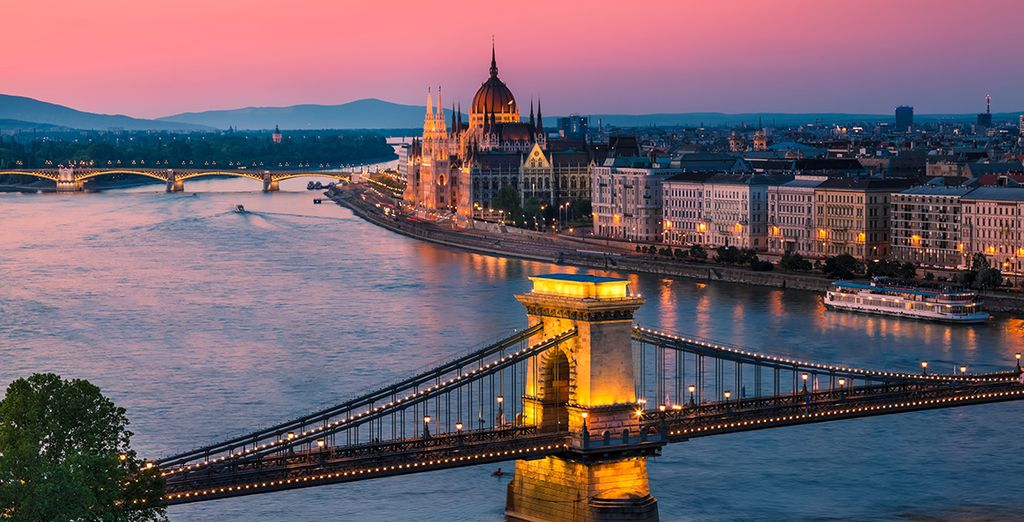 Fotografia della città di Budapest e Danude