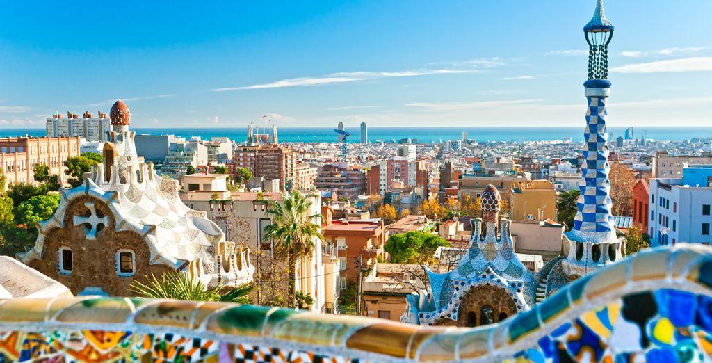 Fotografia della città di Barcellona e del famoso parco Guëll de Gaudi