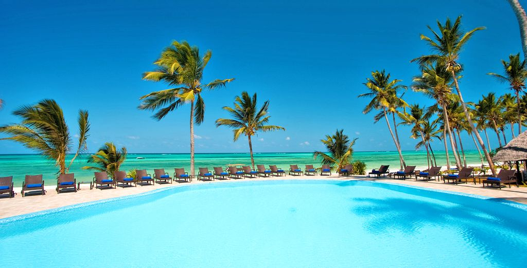 Ragaletevi una vacanza al Karafuu Beach Resort & Spa 4*S
