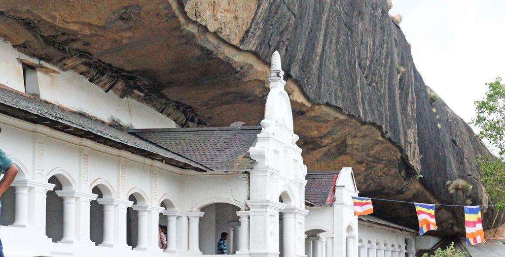 partendo dalla bellissima Dambulla, con il suo leggendario tempio