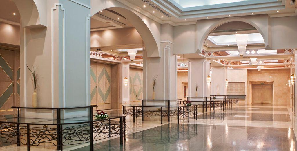 Gli interni rispecchiano la maestosità di una struttura 5*