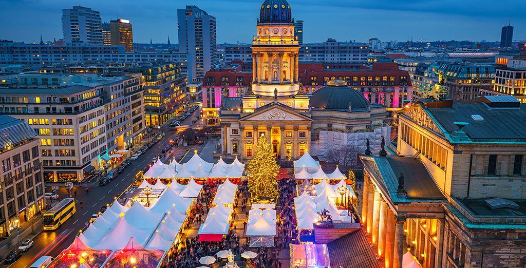 Fotografia della città di Berlino e del suo mercato tradizionale