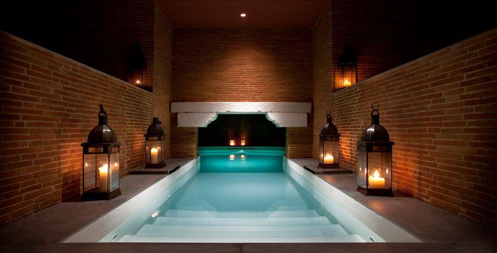 splendide piscine interne