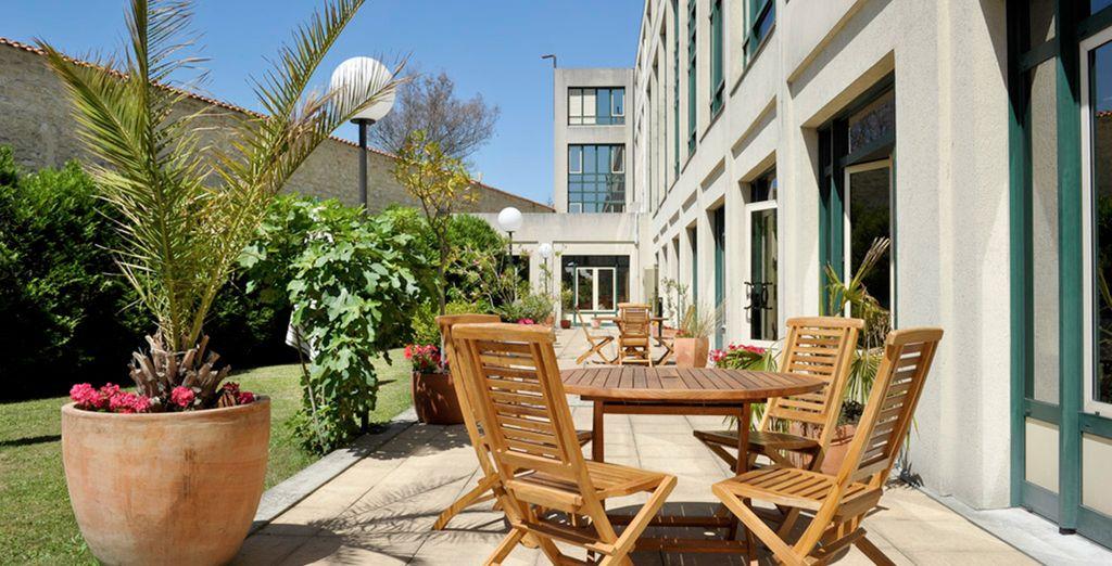 Hotel Mercure Bordeaux Château Chartrons 4*