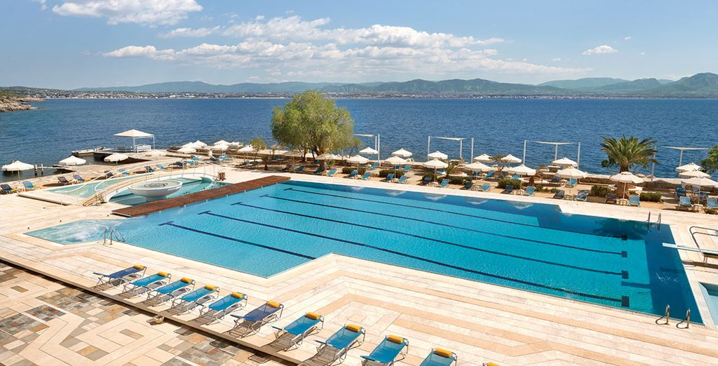 Ramada Poseidon Resort 5*