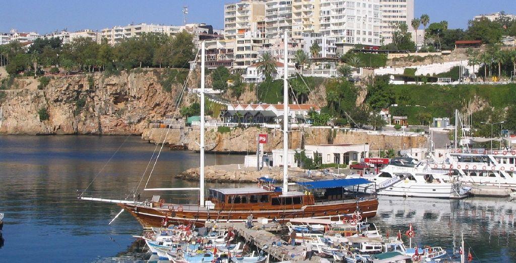 Visitate poi la vicina Antalya e tutte le rovine della città antica