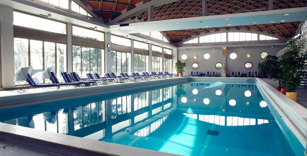 Dedicatevi al relax nella piscina interna