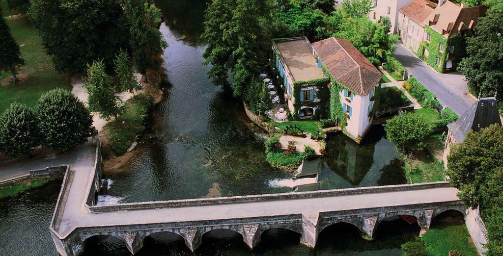 Vlak aan de rivier