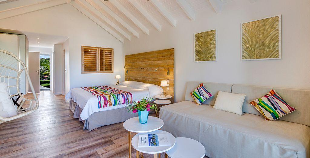 Of in een onlangs gerenoveerde Premium Beach Junior Suite