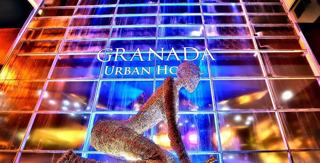 U verblijft hier in het hotel Riande Granada 4*