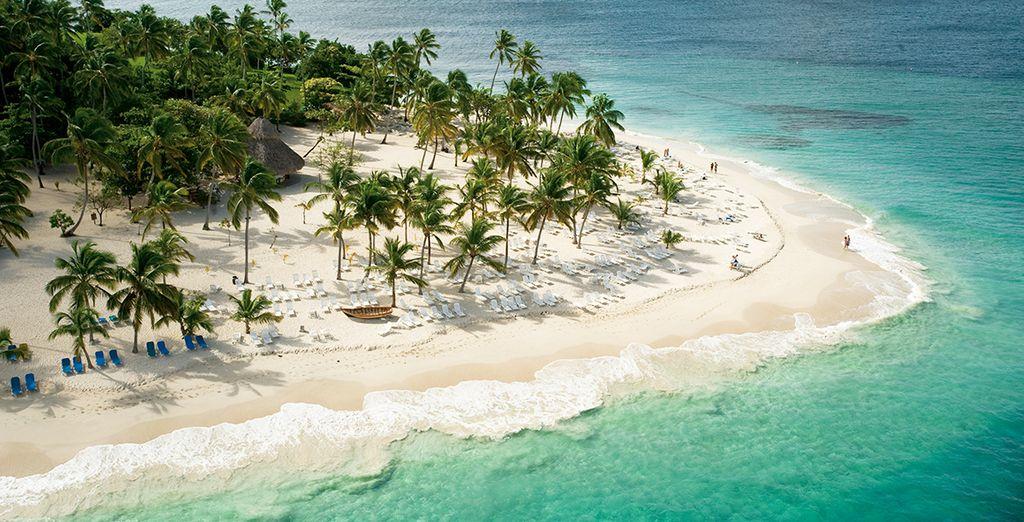 In elk seizoen kunt u het eiland Cayo Levantado bereiken