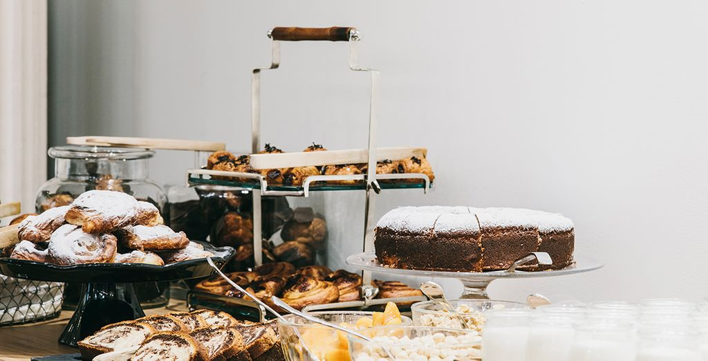 Geniet van een lekker ontbijt in de morgen