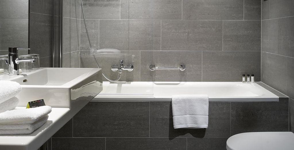 Kom tot rust in de gestileerde badkamer