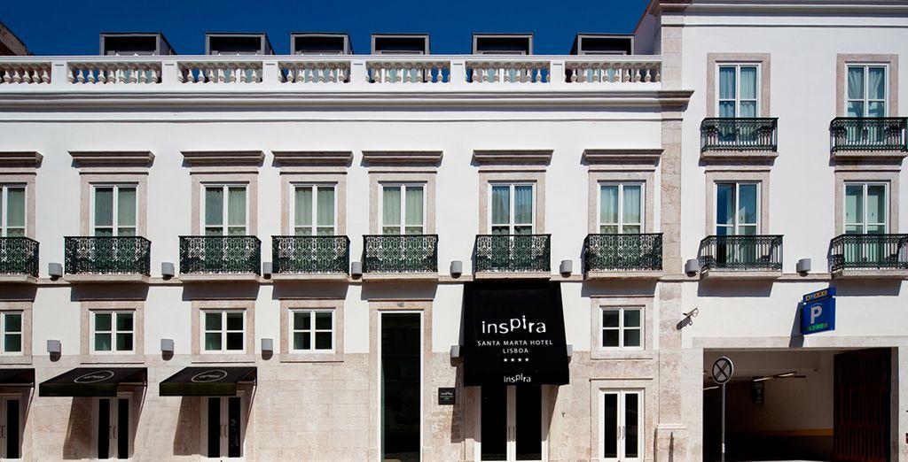 Het hotel ligt op 300 meter van het Marques de Pombal