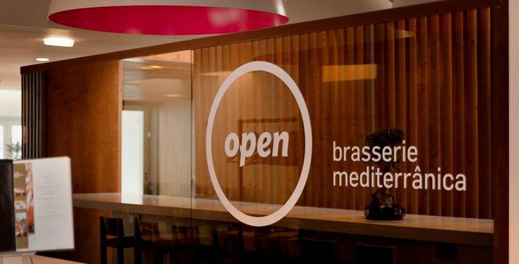 Het Open Brasserie Mediterranean Restaurant van chef-kok John Silva