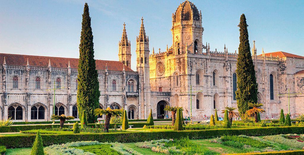 Met uitzicht op het prachtige Mosteiro dos Jerónimos