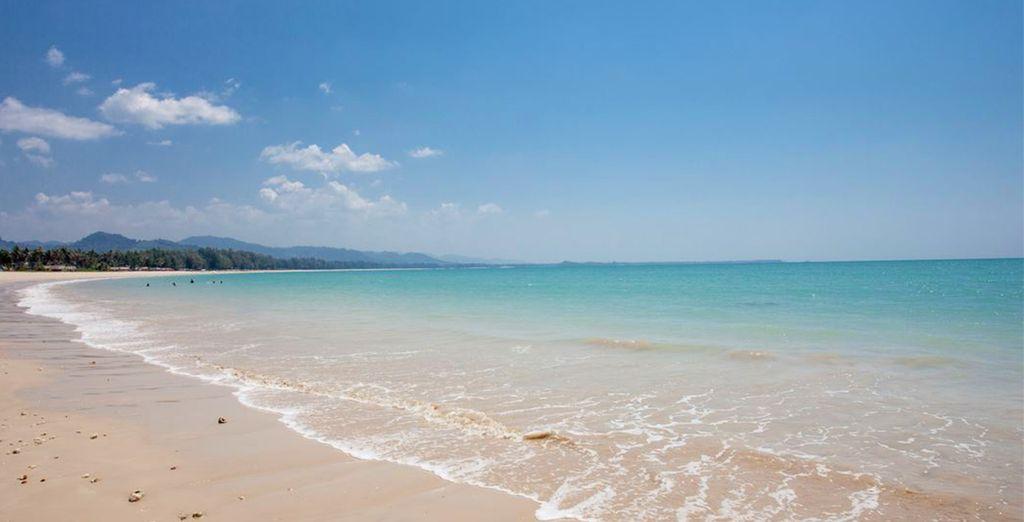 Gelegen aan de turquoise wateren van de Andamanse Zee