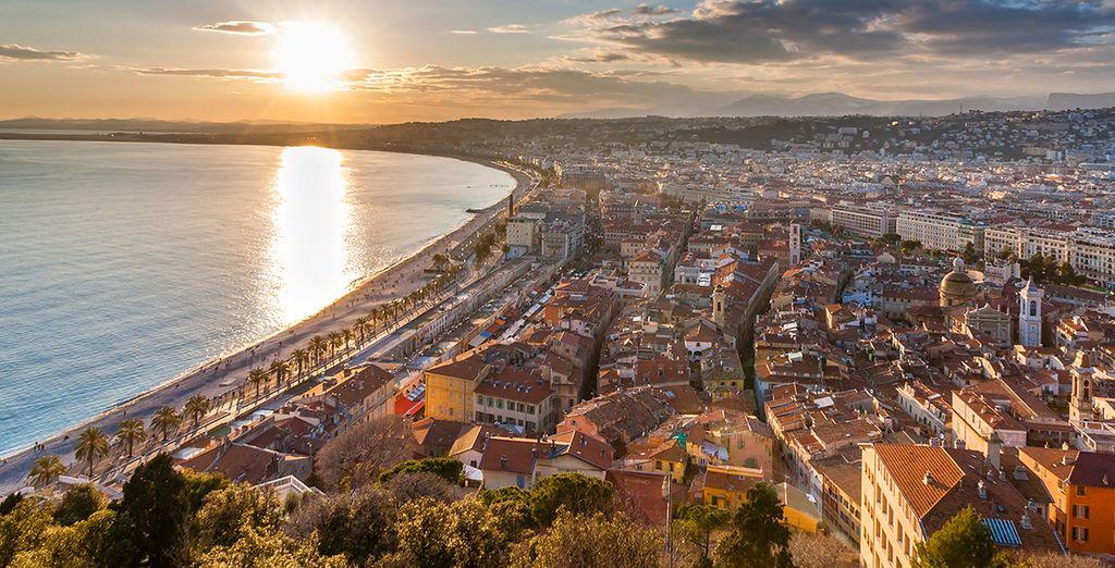Wij wensen u veel plezier in de Franse Riviera!
