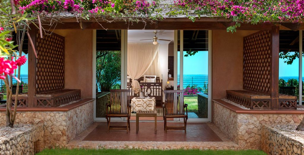 Featuring a terrace with stunning views of the Indian Ocean