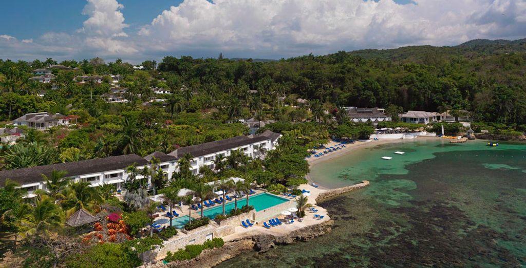 By choosing to stay at the Round Hill Hotel & Villas