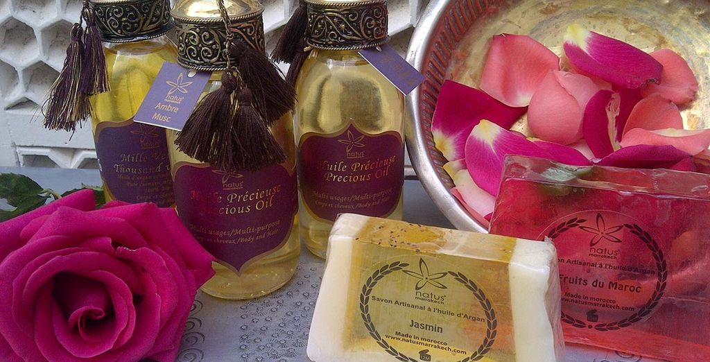 Let your skin be pampered by rose, argan and jasmine