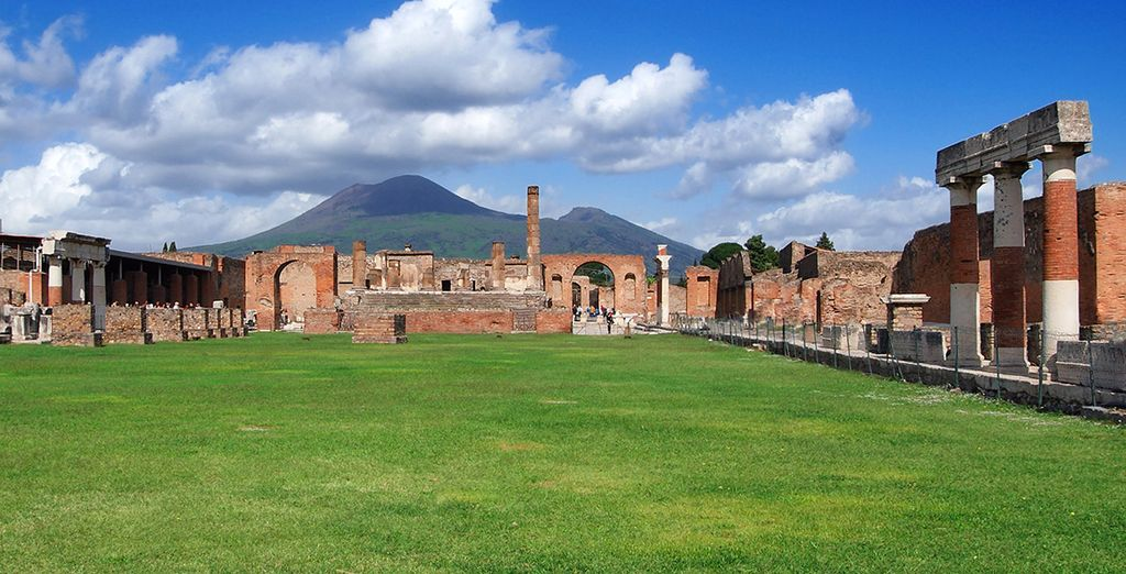 And just a daytrip from Pompeii and impressive Vesuvius