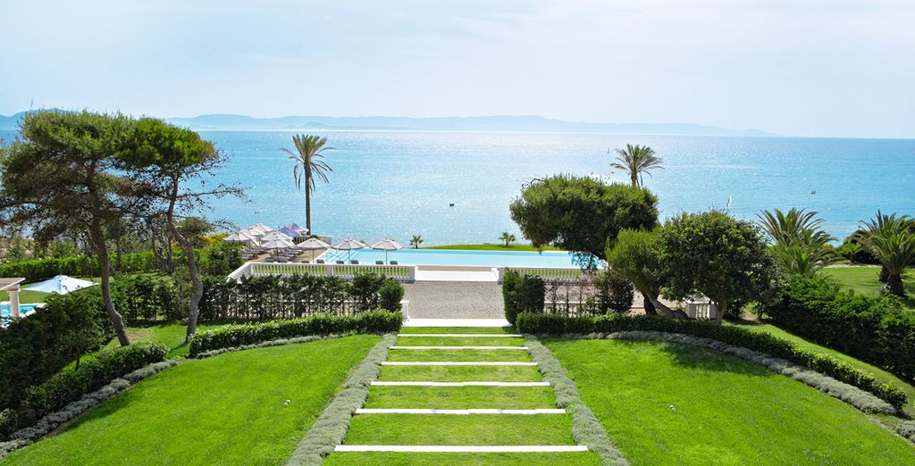 The Grecotel Olympia Riviera Thalasso 5* promises a magical break