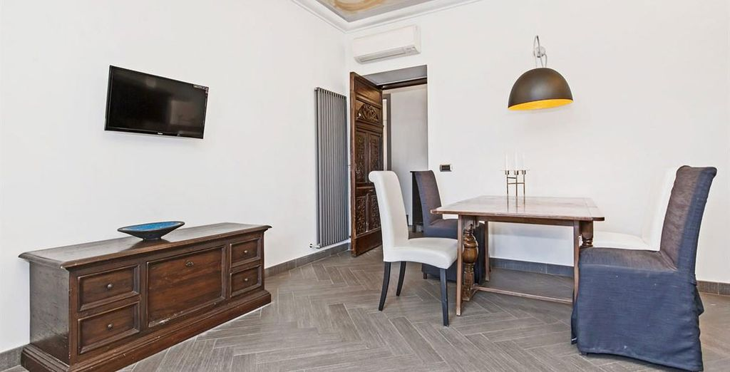 Apartment 2: The 2nd apartment is situated right near the Colosseum!