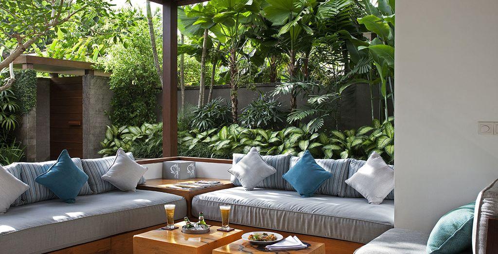 Choose the 1 room villa