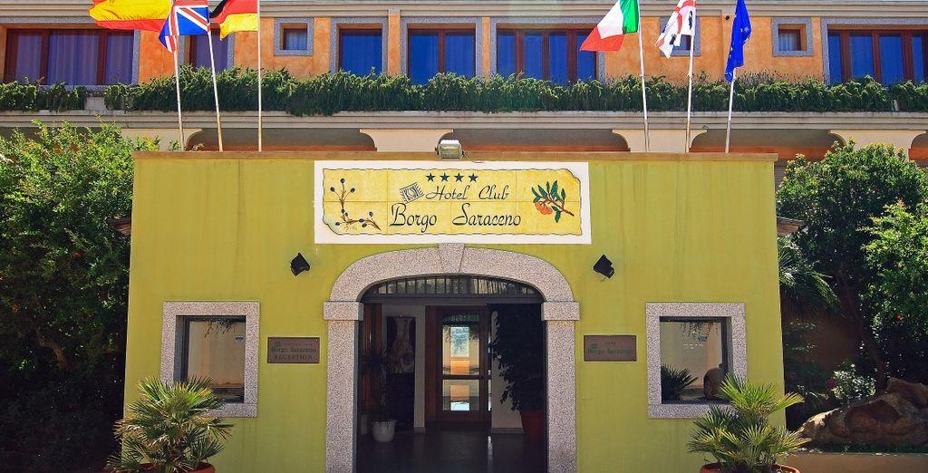 You will stay at the Hotel Borgo Saraceno 4 *