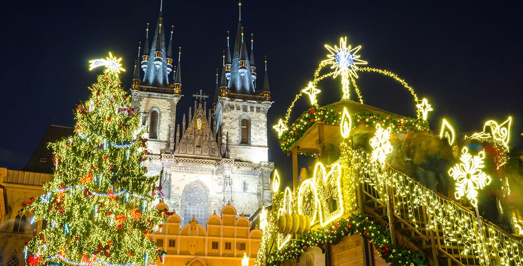 And don't miss the charming festive markets!