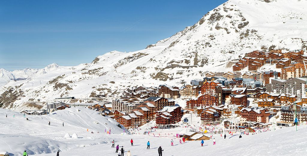 The Best Places to Ski in April : Val Thorens