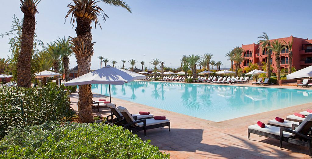 Lounge by the pool... - Kenzi Menara Palace 5* Marrakech