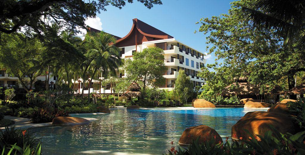 Discover a 5* Shangri-La... - Shangri-La Kuala Lumpur & Shangri-La's Rasa Sayang 5* Kuala Lumpur & Penang