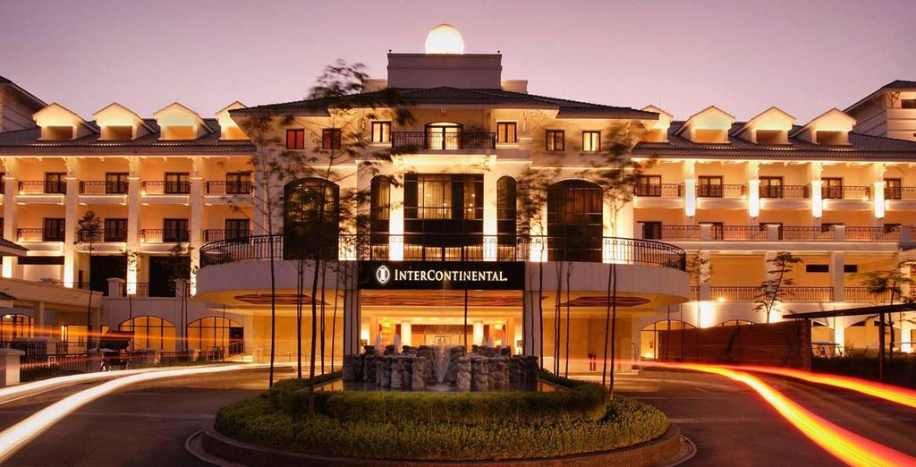 Stay at the Intercontinental Hanoi