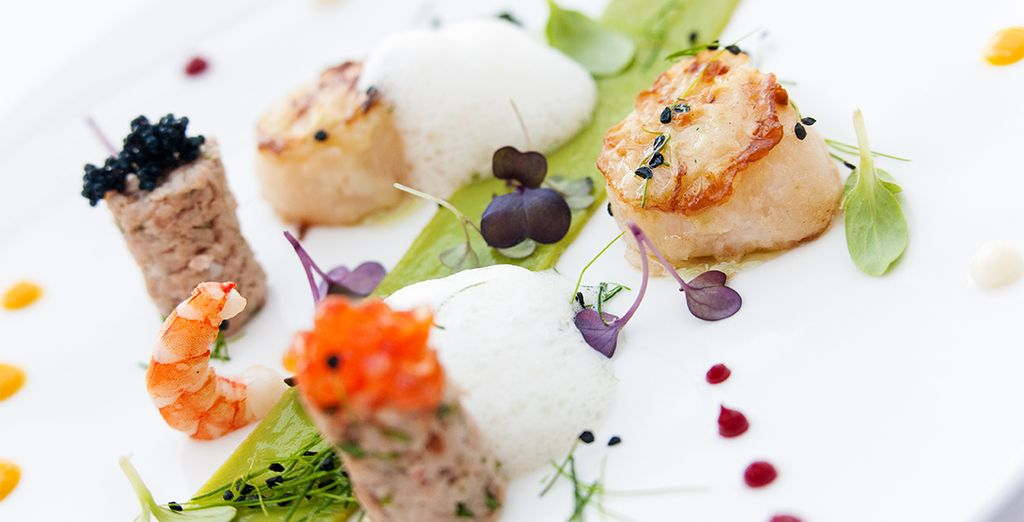 Indulge your tastebuds with our half board dining offer