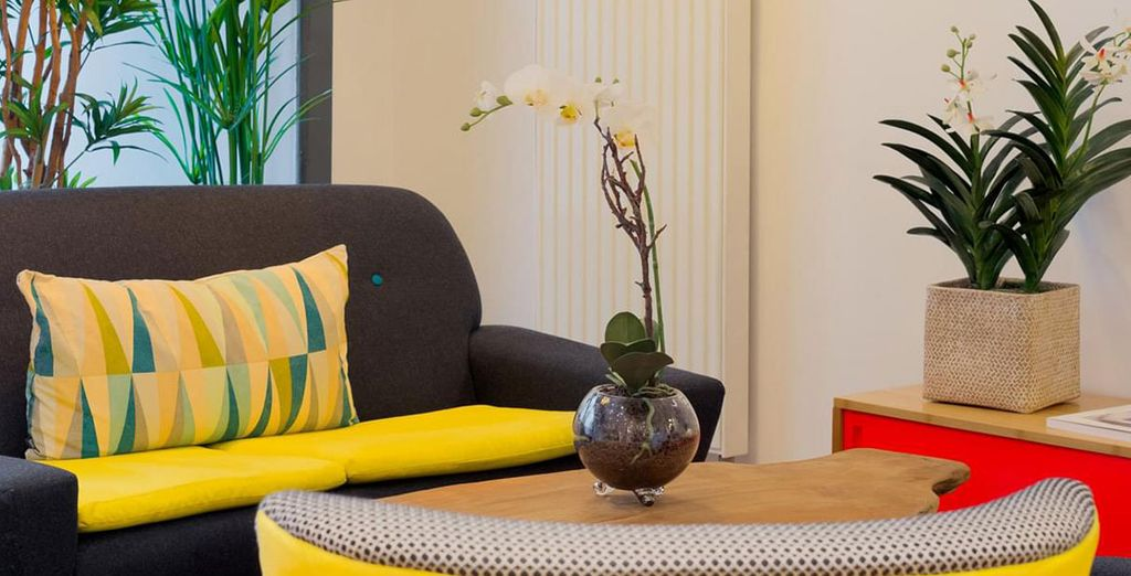 George Hotel is the perfect place for your stays in downtown Paris