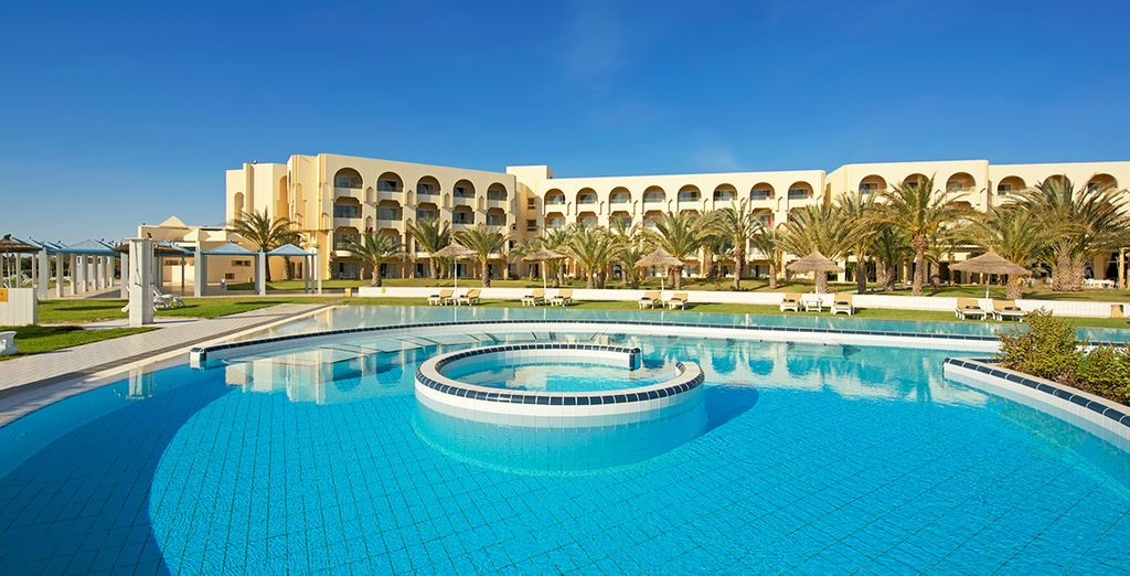Head to the expansive pool and cool down from the Tunisian heat