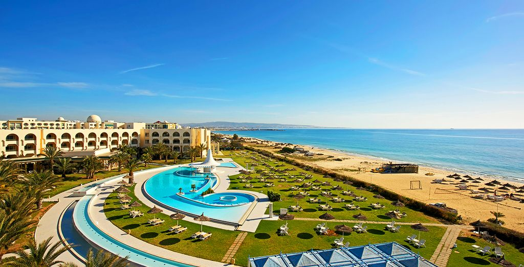 Feel the allure of Tunisia from this beachfront hotel