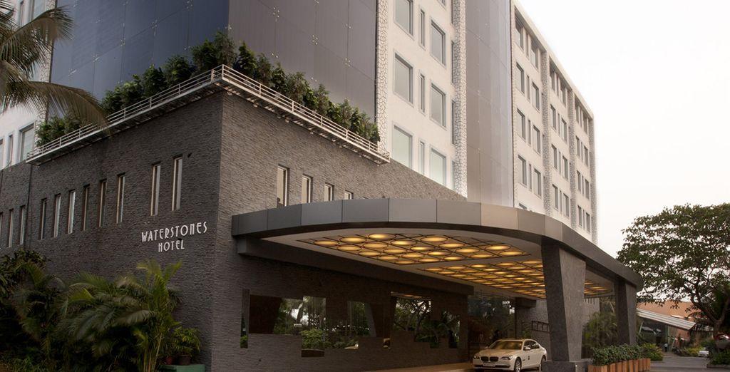 Waterstones Mumbai with exciting facilities