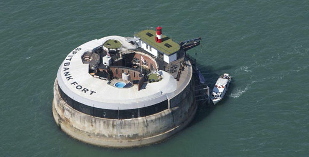- Spitbank Fort - The Solent - England The Solent