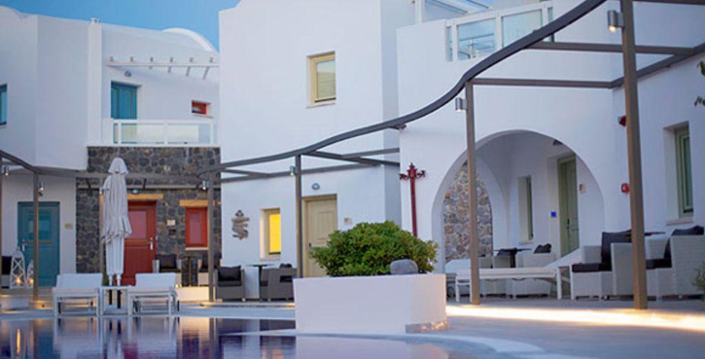 - Hotel La Mer***** - Kamari - Santorini - Greece Santorini