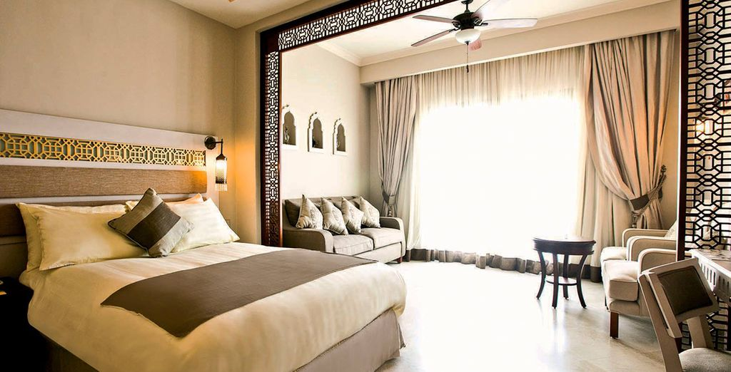 Stay in cosy spacious room