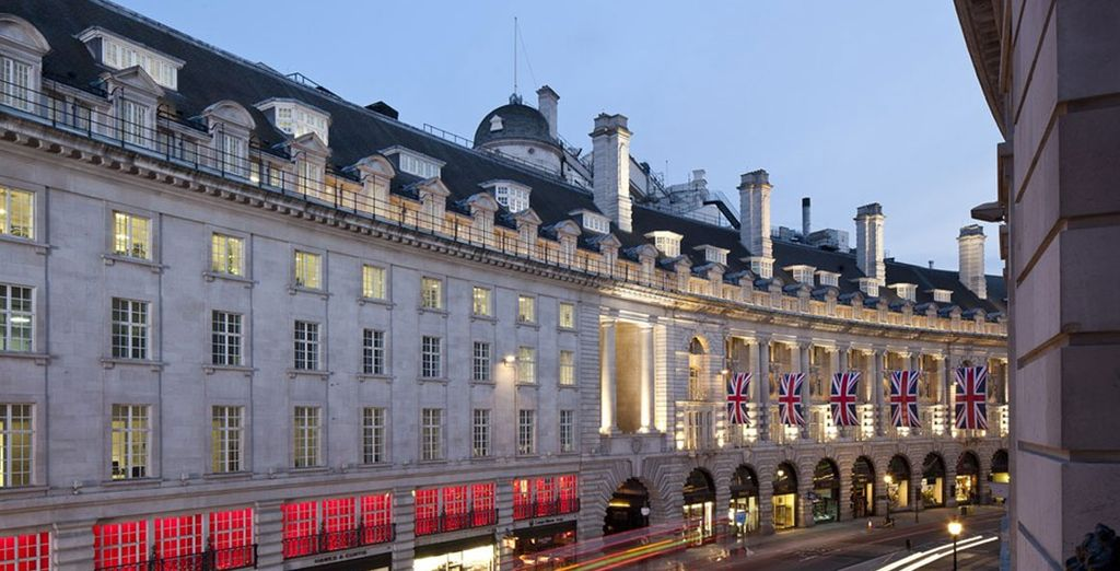 Stay in the heart of London
