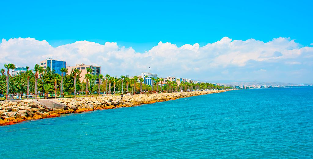 Discover our Best hotels with our Travel Guide for Cyprus Holidays