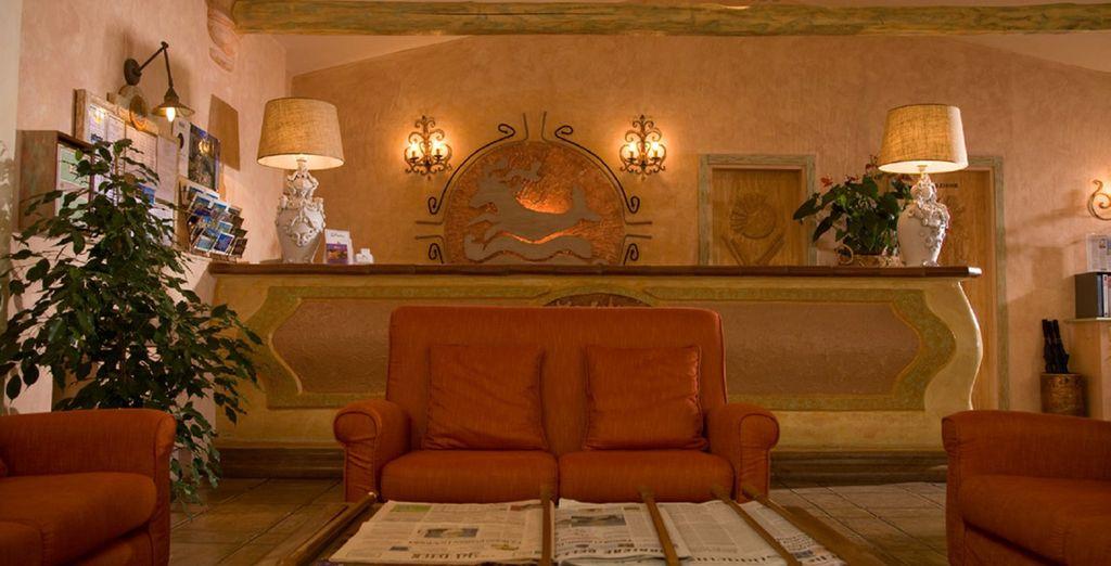 Welcomes you with warm Mediterranean decor - Grand Hotel Porto Cervo 4* Sardinia
