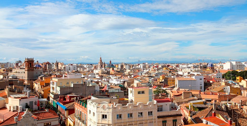 and head out to explore Valencia!