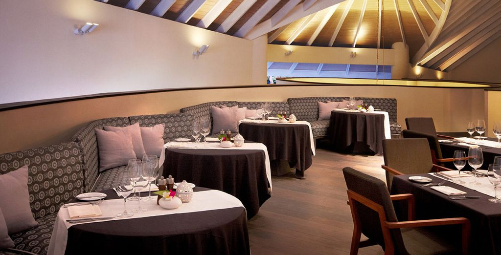 Enjoy a marvellous dining experience in the restaurant