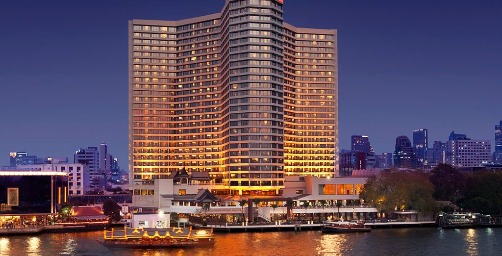Stay at the 5* Royal Orchid Sheraton Hotel for 3 nights